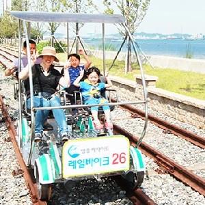 韓國仁川永宗島海邊鐵路自行車
