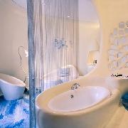 深圳東部華僑城瀑布酒店雙人套票(房+早餐+溫泉)