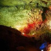 蘆山龍門礫洞景區